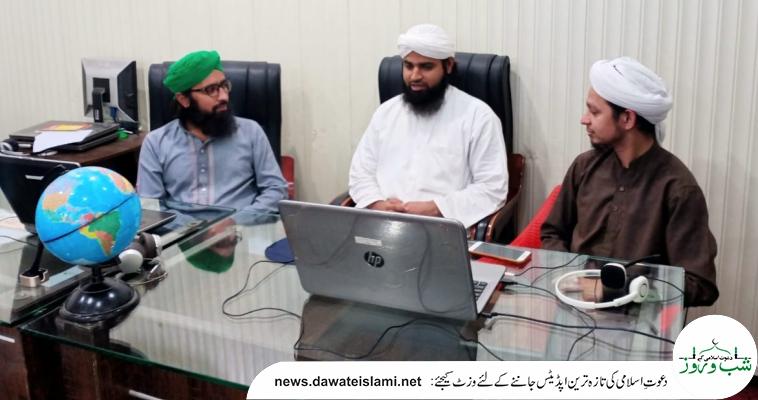 مولانا مدثر مدنی نگران مجلس فیضان آن لائن اکیڈمی  للبنات کا ذمہ داران سے مشورہ